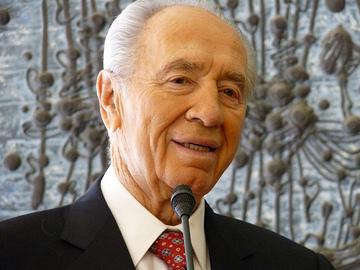 Shimon Peres presto in Italia