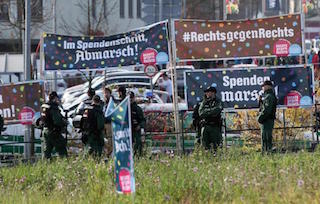 NEONAZISMO <br/>Diritti contro l'estrema destra