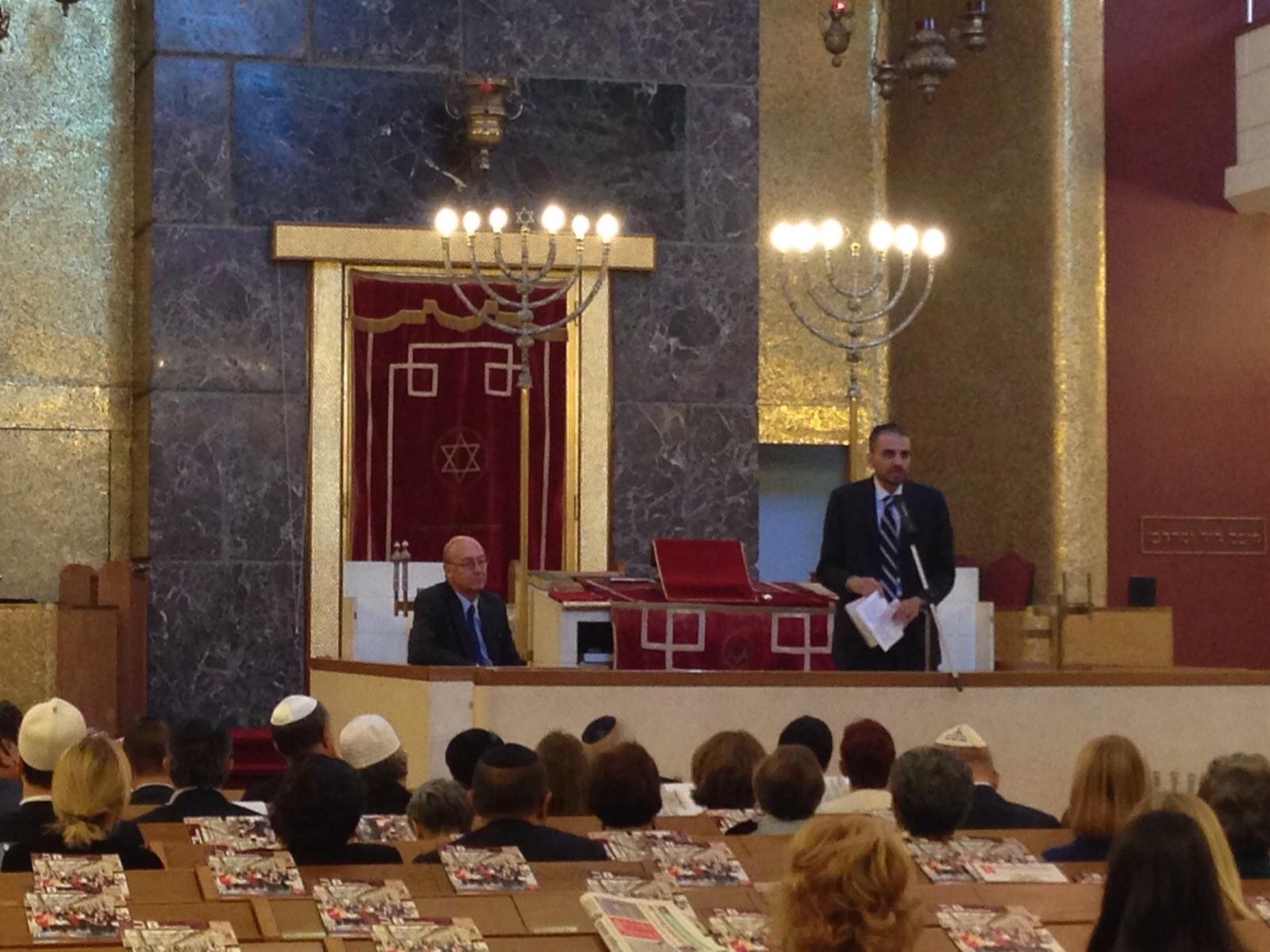 Qui milano dalla sinagoga all 39 expo l 39 ebraismo e israele for Oggetti sacri roma