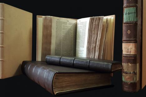 libri-ebraici-alluvionati-dopo-restauro