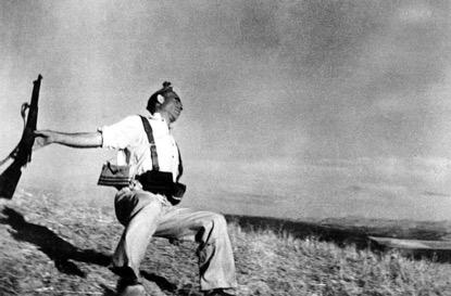 Robert Capa - miliziano